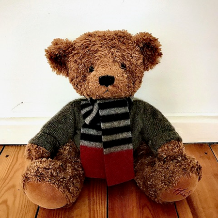 Picture of Teddy Bear Scarf Black Grey Red